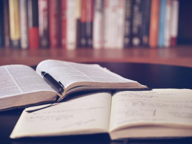 文案能力如何锻炼,提升文案能力的学习方法