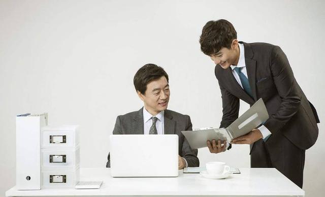 简洁又让人眼前一亮的招聘文案,HR快拿去吧